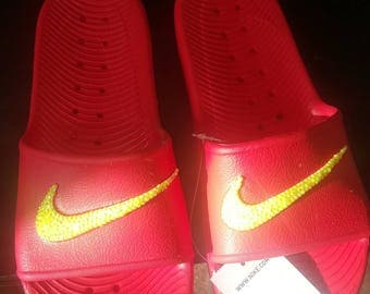 Nike bling flip flops yellow on red size 9