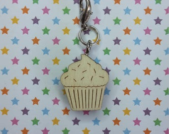 Cupcake - progress keeper - knitting notions - charm