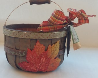 "Fall Small Wooden Gift Basket Planter Centerpiece ""THANKFUL"""