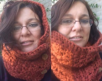 Button up bulky cowl
