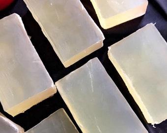 Organic Hemp & Essential Frankincense Soap
