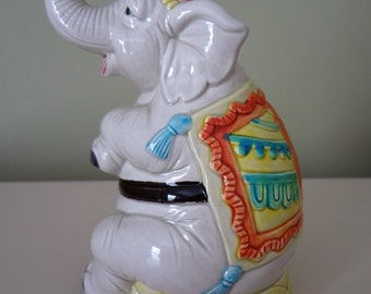 Elephant Piggy Bank Figurine Circus Quon-Quon Japan 1982 Collectable