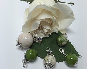 Memorial and keepsake flower petal jewelry