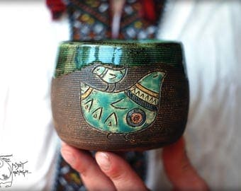 Pottery mug with Bird, 13 oz, Handmade ceramic, black green cup, Gift teacup, wheel thrown mug, warming gift, handmade teacup, gift for him