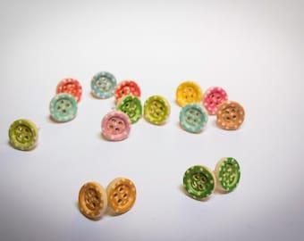 Screw earrings handmade polka