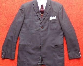 Sixties Sport Coat/Jacket.Black/Grey/Burgundy Check.Slim Notched Lapels,Three Button.Slash Pockets.