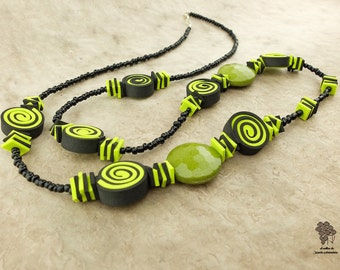 Long green & black necklace