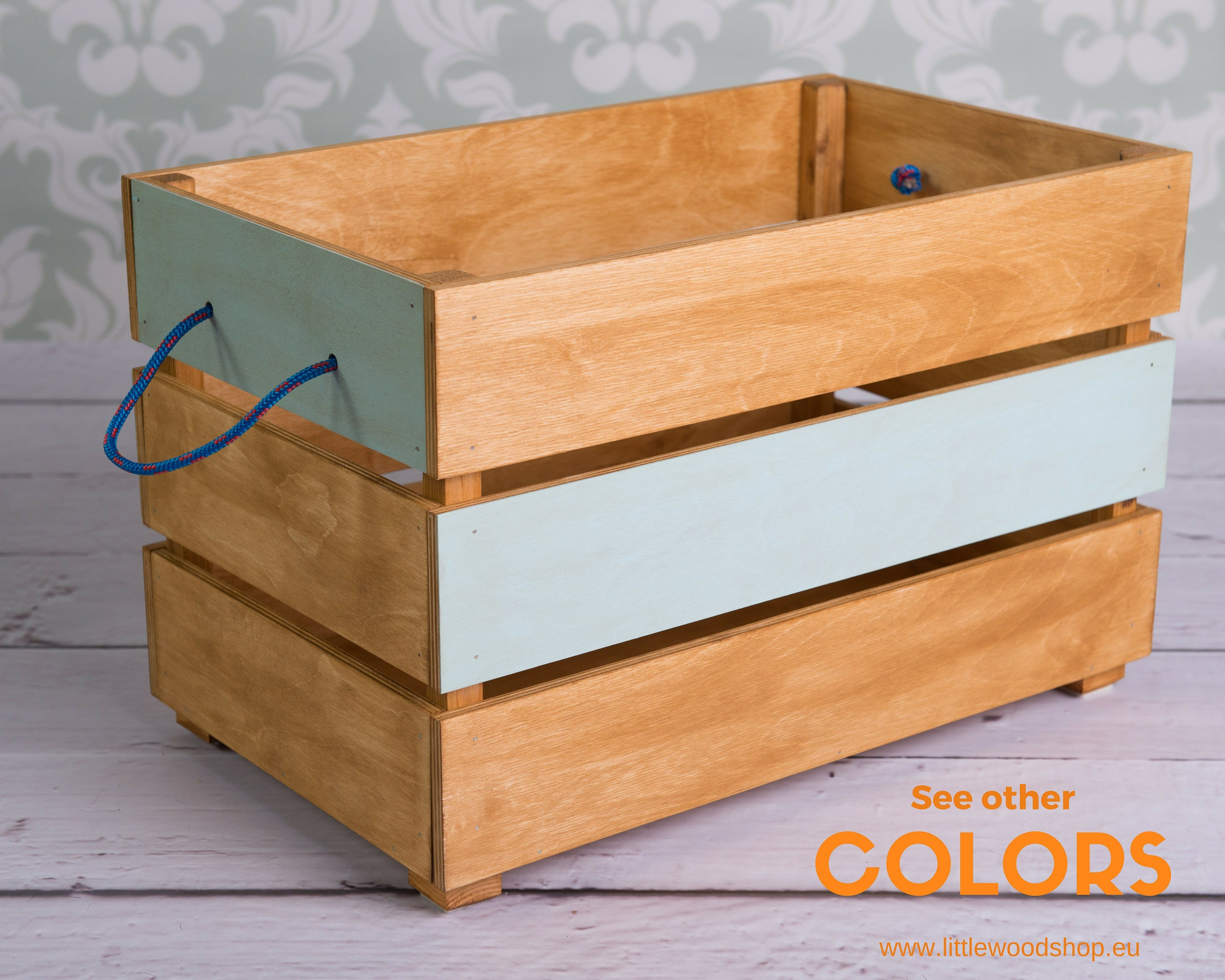 wood toy box on wheels case for toys toy chest coffer. Black Bedroom Furniture Sets. Home Design Ideas