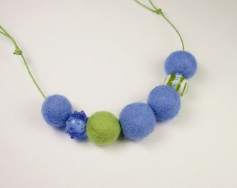 Necklace, necklace with beads, felt, light blue, green
