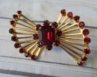 Vintage Gold with Red Stones Brooch