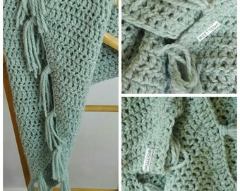 Wrap scarf green with franjers