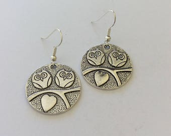 Owl Earrings / Owl Jewellery / bird jewellery / woodland animal jewellery / animal jewellery / animal lover gift