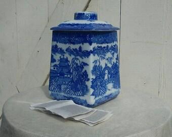Vintage Ringtons Tea Merchants Blue Willow cady