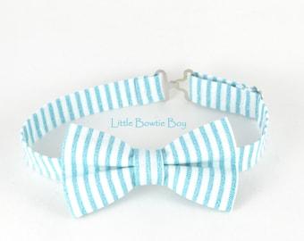 Aqua stripes bowtie, bowtie with white stripes, cotton bowtie for boys, adjustable pretied kids bowtie, metal hook adjustable bowtie