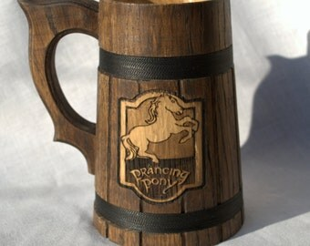 The Prancing Pony Personalized wooden Beer Mug 0.7 l (23oz)  natural wood, handmade, wedding gift, beer tankard, stein, Wooden tankard