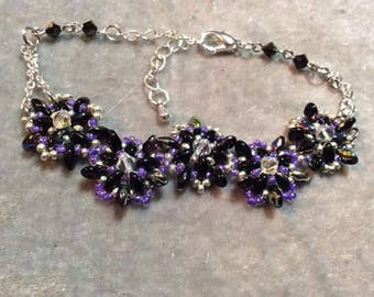 Blooming Flowers beaded bracelet
