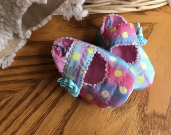 baby girl Mary Jane's, baby Mary Jane's, baby girl shoes, handmade, baby shower gift, new baby gift, adorable baby shoes