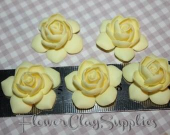 Gardenia Flowers, 5 pcs. Polymer clay flowers. Yellow vanilla Gardenia, ivori flower. Fimo clay Flower.