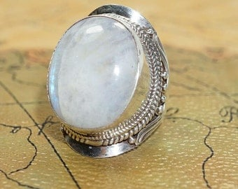 Sterling silver (925) and Rainbow Moonstone Ring size 9
