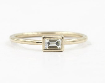 Diamond 0.15ct.Sideway Baguette Ring.Simple Diamond Engagement Ring.Dainty Diamond Bezel Solitaire Ring.Minimalist Thin Gold Wedding Band