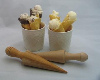 "Waffle Ice Cream Cone Roller (8.5"")"