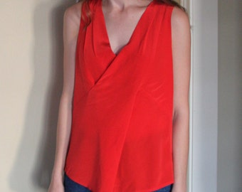 Vintage Beautiful Poppy-Red Silk Sleeveless Blouse- FIts S/M