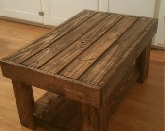 Pallet wood table.