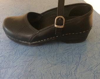 Dansko Marcelle Black Clogs (size 37)