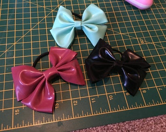 Latex Bow hairbands - Set of three
