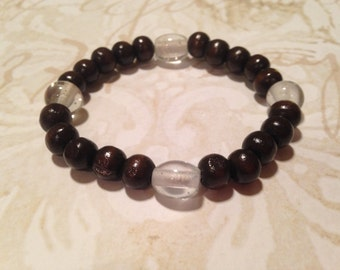 Wood and clear glass bead bracelet