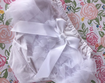 White Bloomers/Baby Bloomers/Ruffle Bloomers/Toddler Bloomers/Newborn Bloomers/Birthday Bloomer/Infant Bloomers/Lace Bloomers/Cake Smash