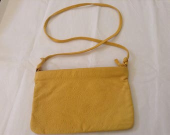 Vintage Purse / Yellow Clutch
