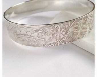 Sterling Silver 'Indian' Bangle Large