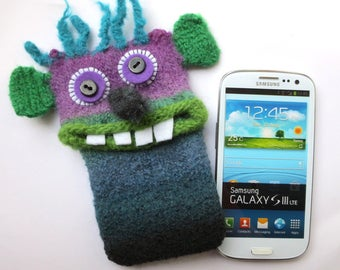 "Cell phone Monster ""Ansgar"" Handytasche, Smartphone case, bag, felt, iPhone 6, Samsung Galaxy S3, S4, felted wool,"
