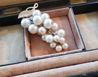 Simply Stunning Pearl and Goldtone Bunch of Grapes Brooch - classic 1960s!