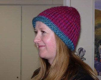 Rolled-brim knitted hat