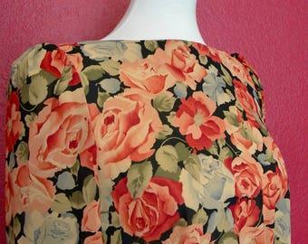 Vintage Floral Shift Dress w/ Ruched Pleplum