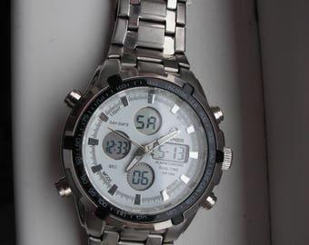 Men's wrist watch.