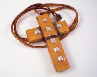 Fancy Wood Cross Necklace-CD NM