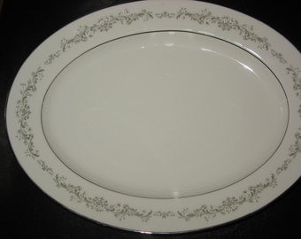 "11"" Oval Serving Platter in Parkridge by Noritake"