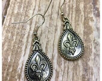 Antique gold fleur de lis tear drop dangle earrings