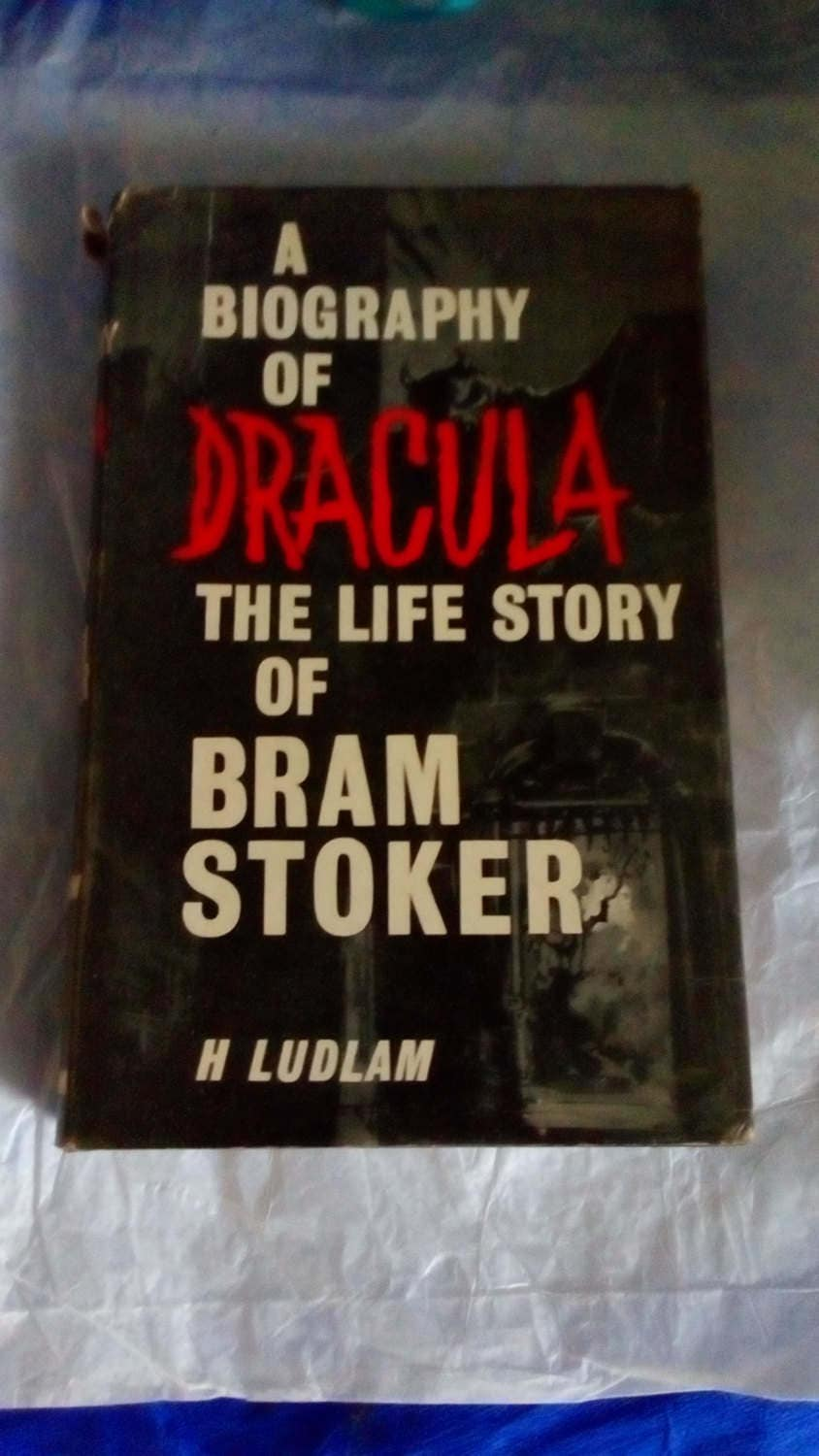 Life Story Magazine Justin Bieber A Personal View 2011 New: A Biography Of Dracula The Life Story Of Bram Stoker By H