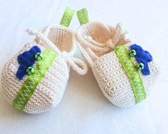 Baby booties. Pregnancy announcement. Crochet loafers. Newborn baby boy shoes. Ready to ship. Pre-made.