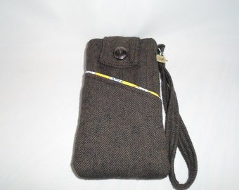 Cell phone pouch, wristlet, small purse with charm