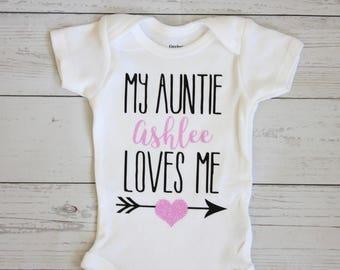My auntie loves me onesie | Aunt onesie, Aunt gift, Baby girl outfit, Baby girl onesie, Baby shower gift, My aunt loves me onesie, Onesies