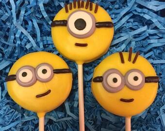Minion Oreo cookie pops / party favor / birthday party / kids birthday / one dozen (12)