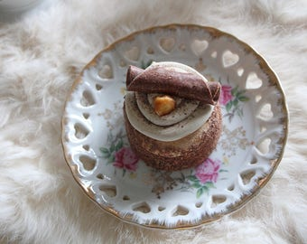 Fake  Cream Chocolate Curl Cupcake - Faux Tartlet - Polymer Clay Cake Tart - Sculpted by a Patissier!