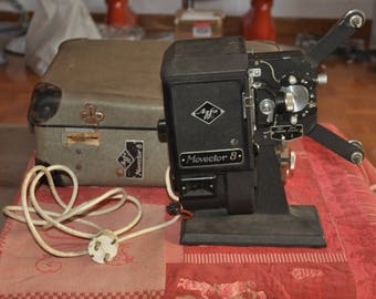 Original projector Agfa Movector 8 of the 1930s.
