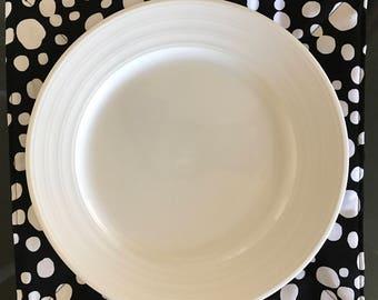 Dinner Plate Mat