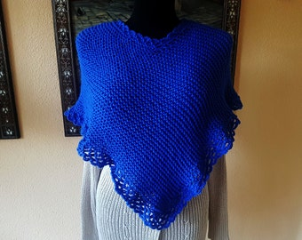 Knitted poncho, blue